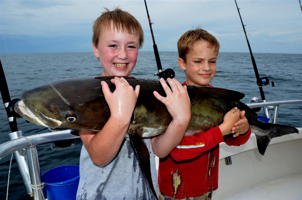 kids fishing in orange beach
