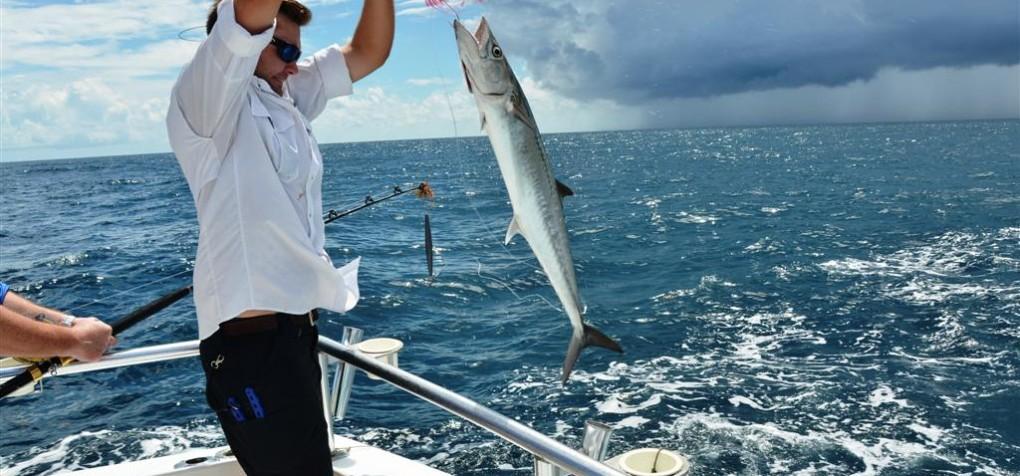 Orange beach charter fishing boats gulf shores fishing for Orange beach fishing
