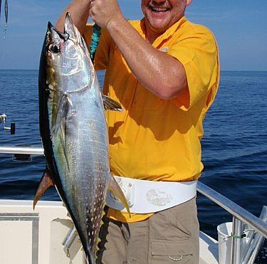 Brian Catches Yellowfin Tuna