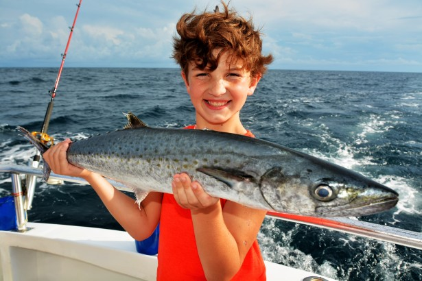 kids-deep-sea-fishing