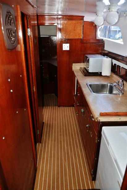 charter-boat-galley